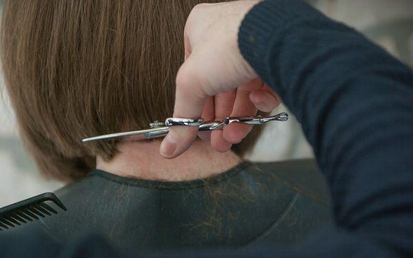 curso de cabeleireiro grátis